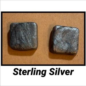 Sterling Silver Gray Shimmer Square Stud Earrings